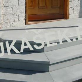 schody-posadzki-197-lukasek-kamieniarstwo-produkty
